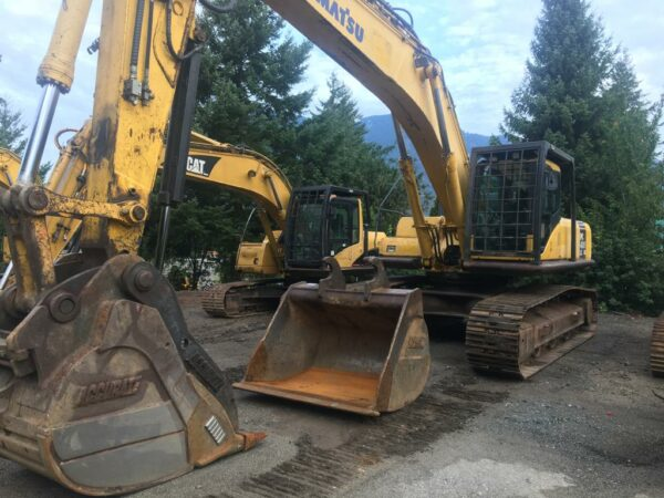 Komatsu 400 Excavator - Drill Hub Leading Dealer in New & Used